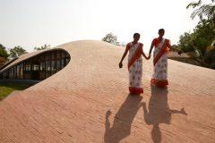 Knihovna Maya Somaiya, Kopargaon, Indie (© Edmund Sumner)