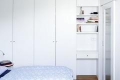 Při zařizování domu preferovali majitelé vzhledem k velikosti obytného prostoru jednotný styl, světlé barvy a ladnou jednoduchost