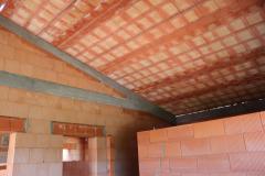 Pohled na střechu zinteriéru