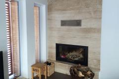 Útulný cihlový dům s dřevěným obložením